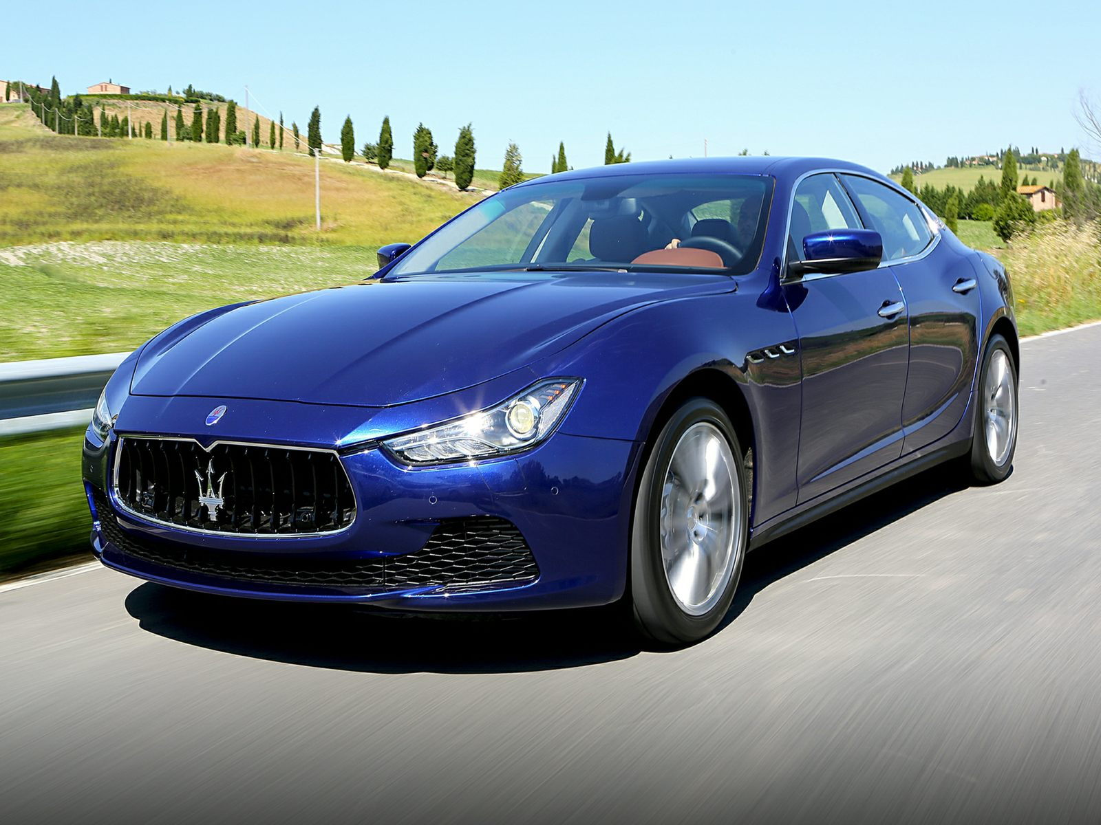 2014 Maserati Ghilbi Driving