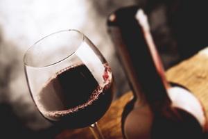 5 Creatively Fun DIY Wine Storage Ideas!