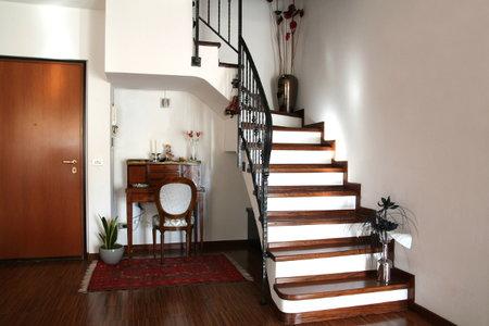 non slip polyurethane for wood steps 2