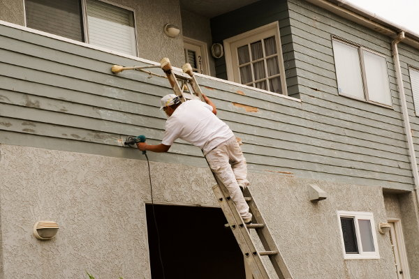 Exterior painting prep in 5 steps - Painting preparation exterior photos ...