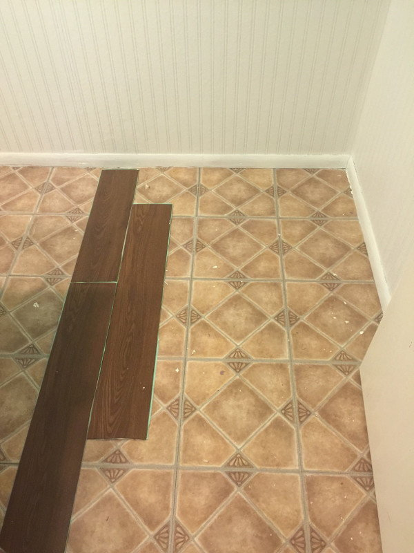 Laminate Flooring Plank Tutorial Doityourself Com