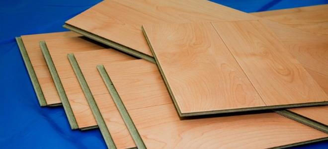 Laminate Floor Water Sealer : Applying floor sealant to floating laminate flooring