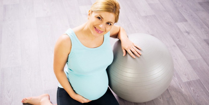 pregnant pilate_000020211530_Small.jpg