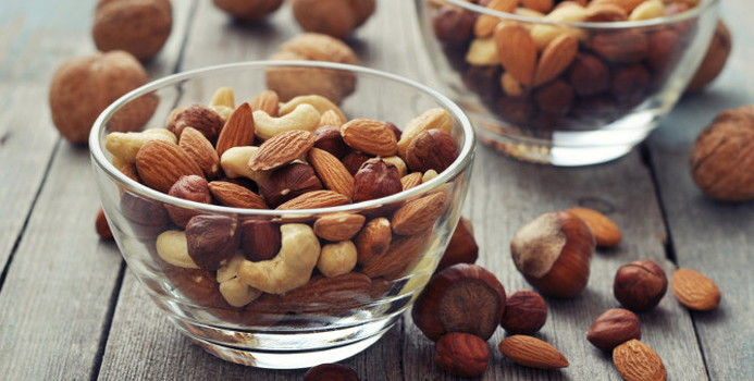 almonds_000032468954_Small.jpg
