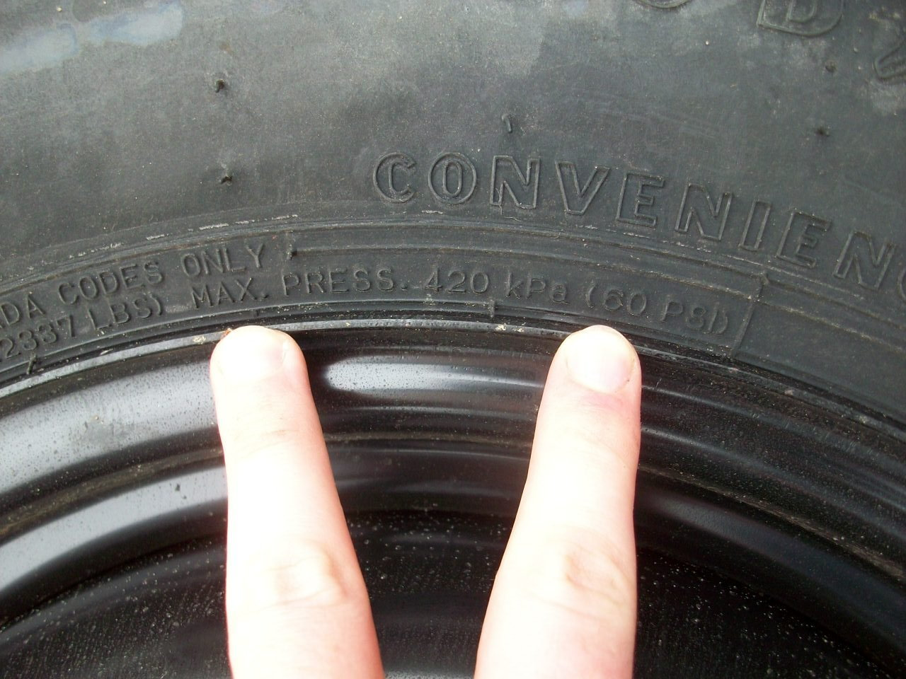 Ford F150 F250 Measure Trailer Tire Pressure How To Ford