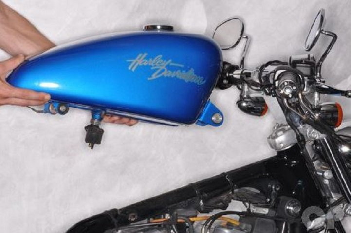 harley davidson sportster how to remove gas tank