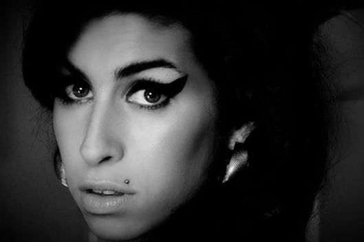 'AMY' MOVIE REVIEW: A Glance in the Dark