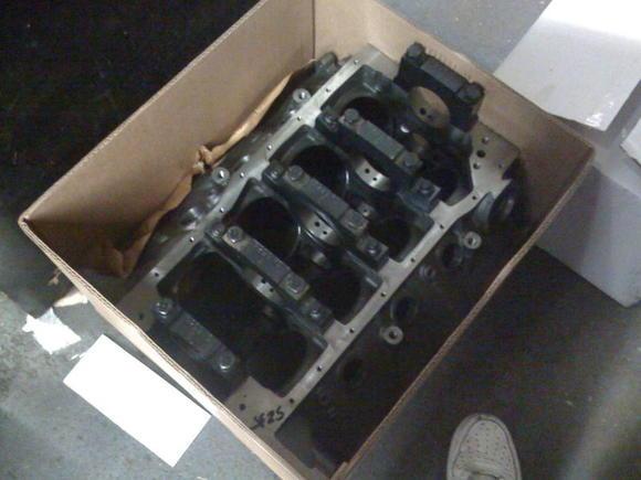 351 Dart Block (4.125 bore, 9.500 deck, 2.75 mains, Billet 4-bolt main)