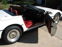 1987 Vette Conv. White Ext/Red int.