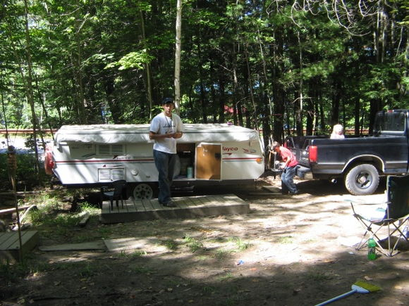 IMG 1262 Moving Daughters and SIL tent trailer from Maine to Mass.