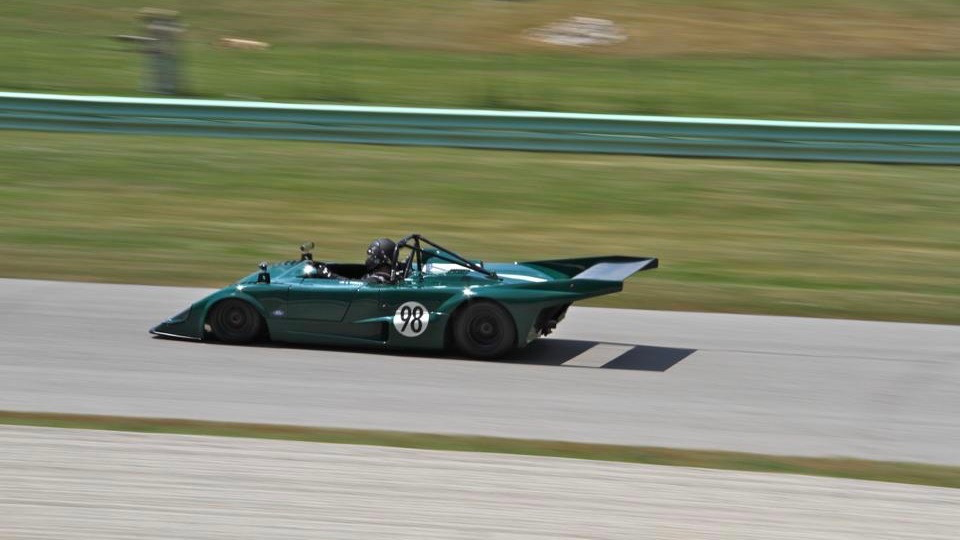福特汽车 CEO Jim Farley racing his 1978 Lola T298
