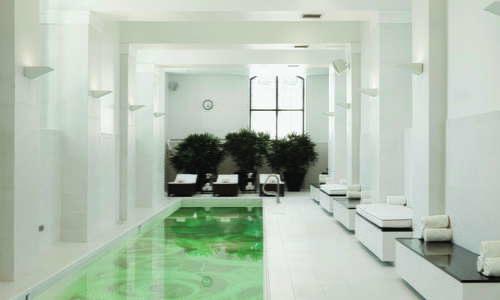 Piscina Waldorf Astoria