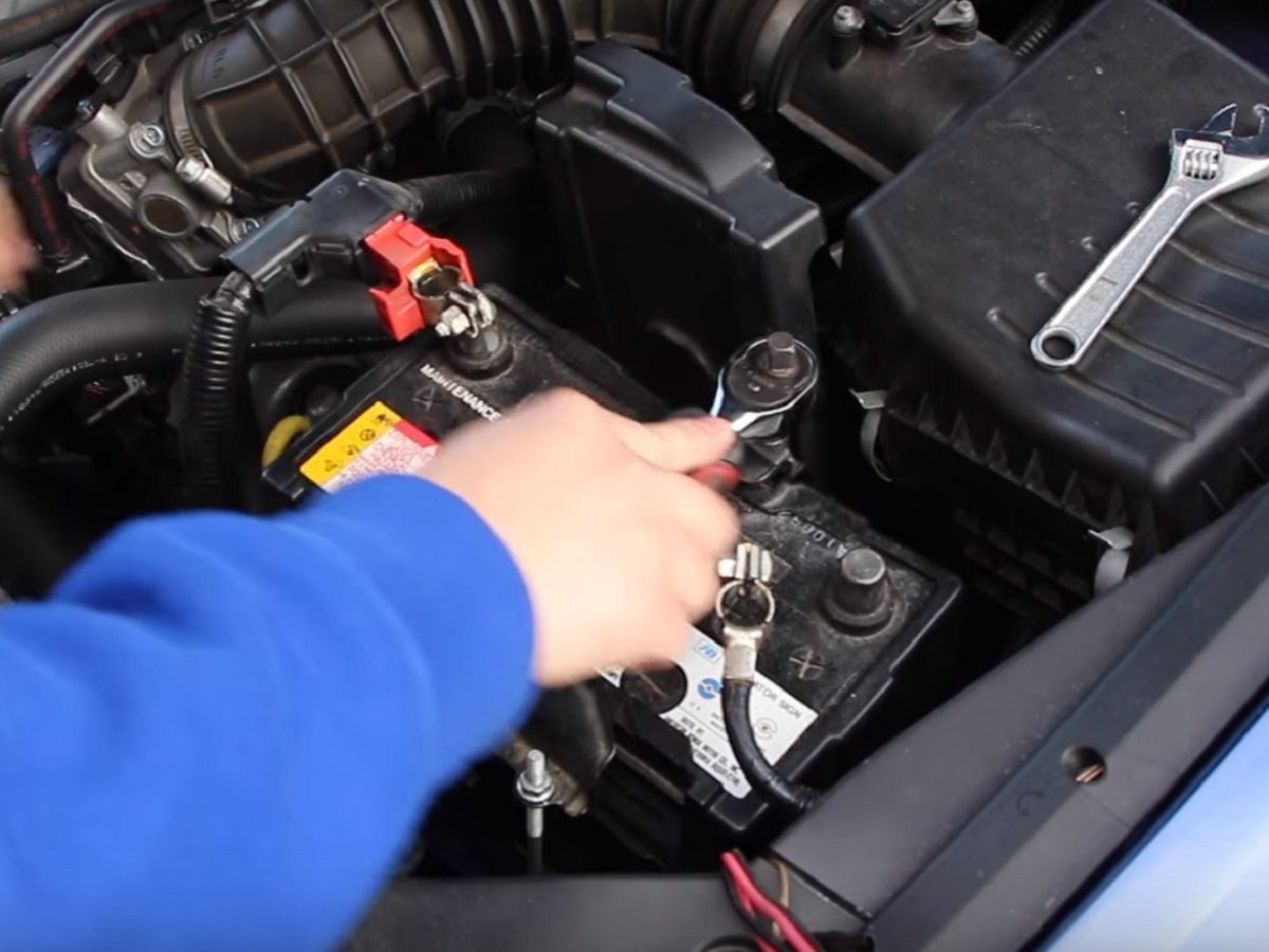 Acura Tsx How To Replace Remove Change Battery Diy Instructions