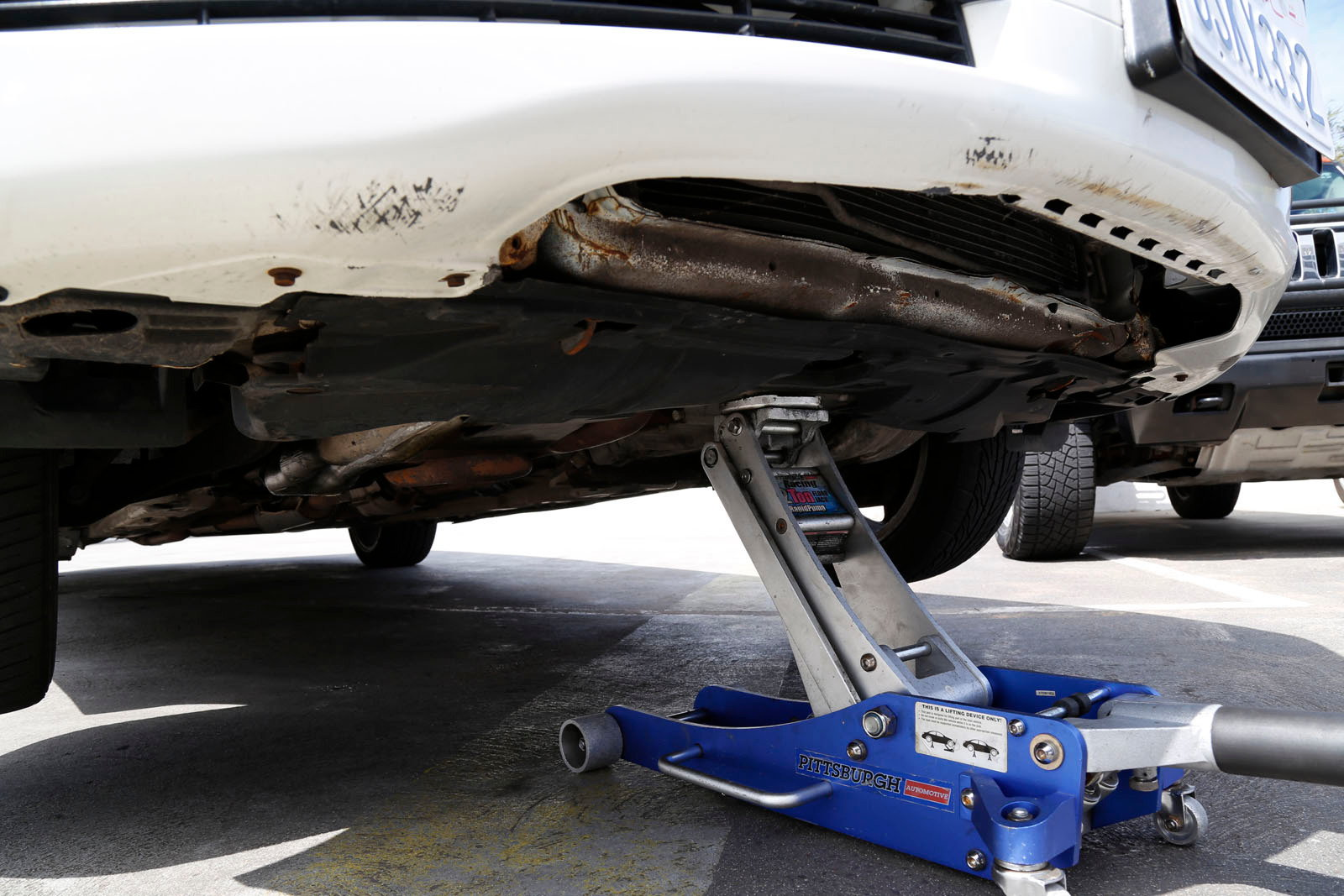 ACURA TL REMOVE REPLACE CHANGE HOW TO BRAKE PADS