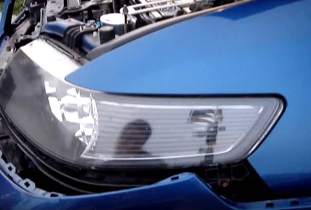 acura tsx 2004 to 2014 how to replace headlight bulbs acurazine rh acurazine com 2004 Acura TSX Oil Pan 2004 Acura TSX Interior
