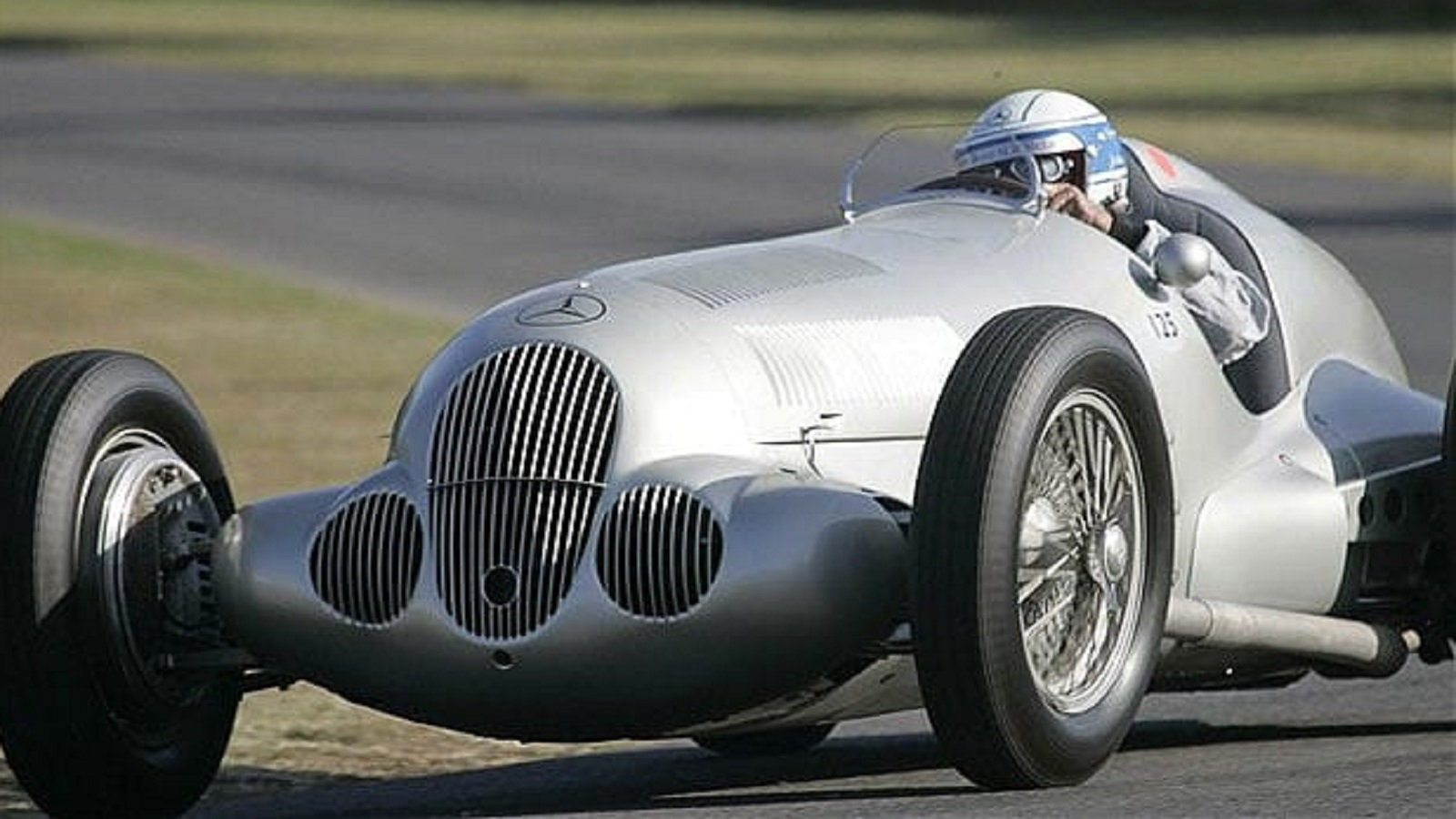 The Mercedes W125 'Silver Arrow'