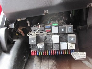 97 audi a8 fuse box location product wiring diagrams u2022 rh genesisventures us