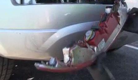 Audi Q5 removing tail light bulb