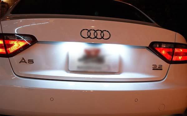 Replacing license plate bulbs on Audi