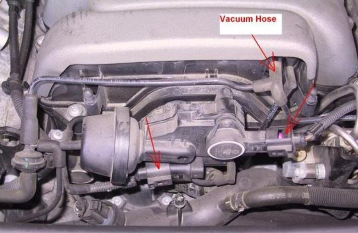 VacuumHoseFrontUI 169479 audi a6 c6 how to remove intake manifold and clean carbon deposits  at gsmx.co