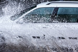 How to Avoid Hurricane- and Flood-Damaged Cars