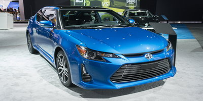 Should You Buy a Recently Discontinued Vehicle Model?