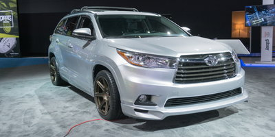 Car Buyers Avoiding SUVs Despite Low Fuel Prices