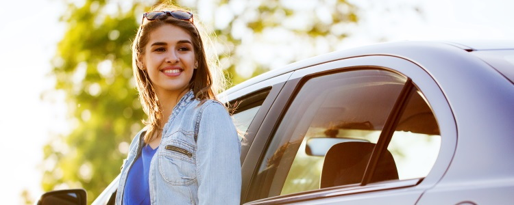Does Car Leasing for Students Make More Sense than Buying? - banner