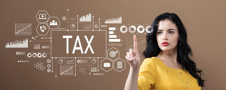 Tasas de impuestos, título y licencia de un préstamo de auto