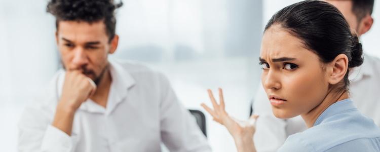 ¿Cómo obtengo un préstamo de auto con mal crédito teniendo un nuevo empleo?