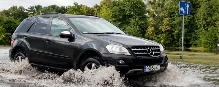 Safety Tips for Driving in Flash Flooding - Banner