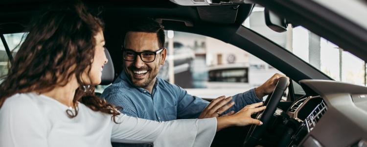 ¿Cuánto puedo obtener para un préstamo de auto?