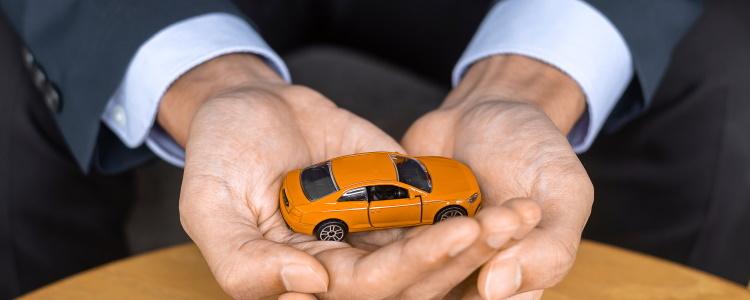 ¿Puedo obtener un préstamo para automóvil después de una quiebra desestimada?