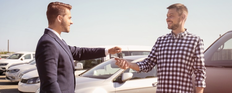 How to Refinance a Car to Another Person - banner