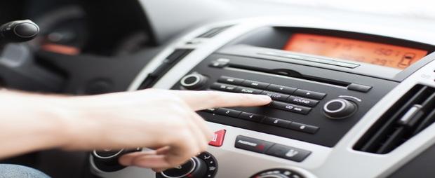 car radio, radio advertising