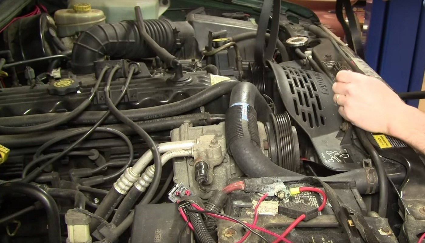 Jeep Grand Cherokee Wj 1999 To 2004 How To Replace Serpentine Belt