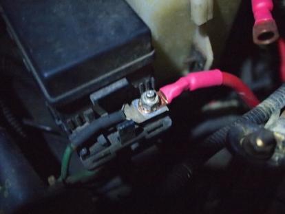 Installing a Battery Kill Switch   DoItYourself com