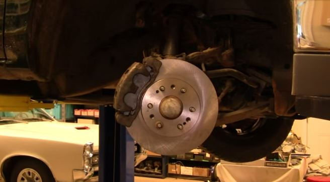 How To Replace Rear Brake Shoes On 2006 Chevy Silverado ...