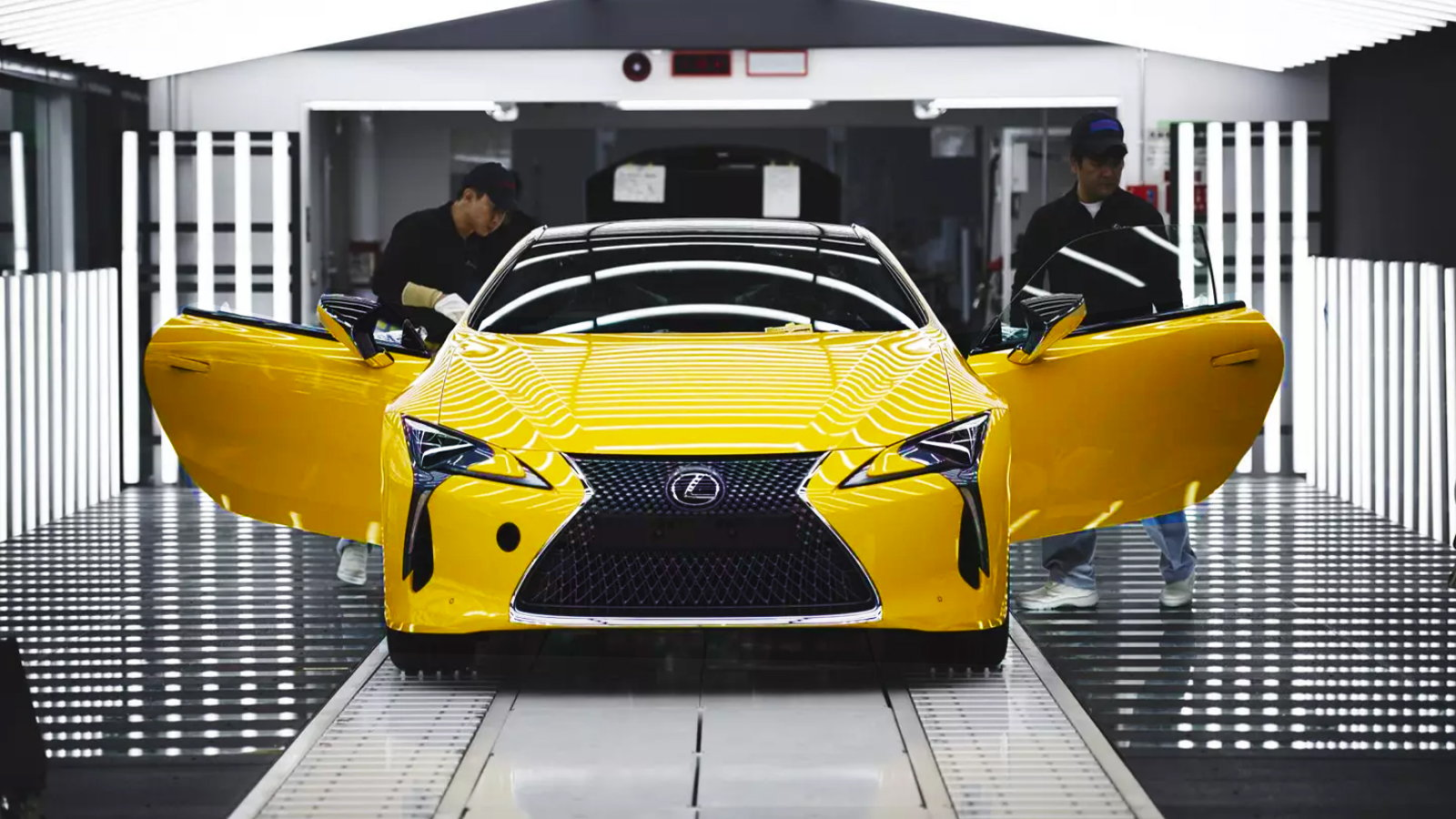 Lexus Considering Assembly of ES Models in India