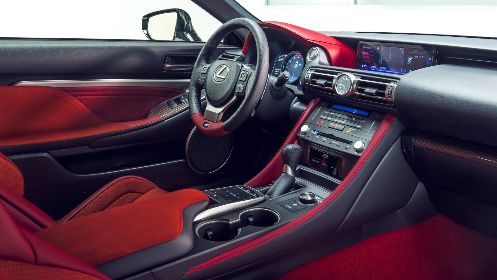 Lexus RC F Track Edition Debuts in Detroit