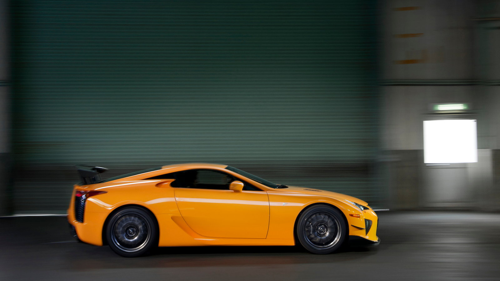 Why Are There 12 Leftover Lexus LFA Supercars Still For Sale ...