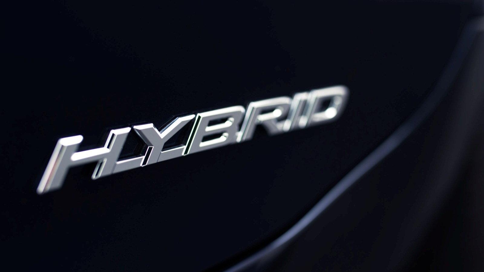 A Visit With the Lexus ES 300h Hybrid