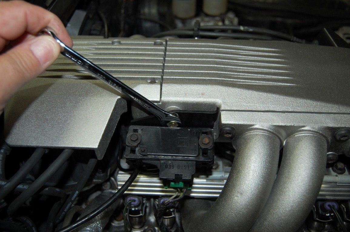 how to check spark plug wires  | corvetteforum.com