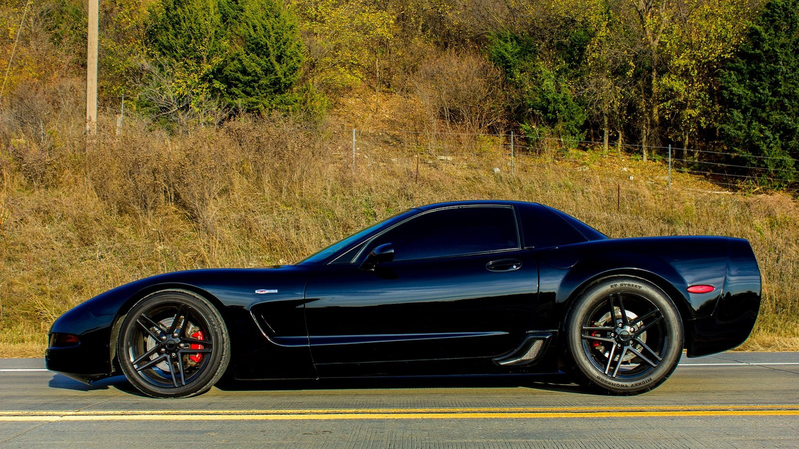 Vette C5 or C6? Which Z06 is Better?