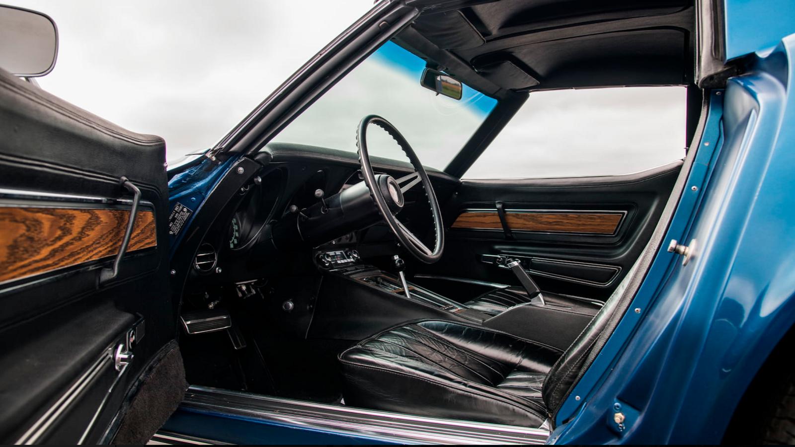 Top Flight 1971 Chevrolet Corvette LS6 Is a 1-Of-188 Bruiser