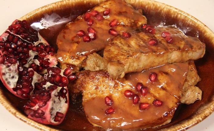 pomegranate and pomegranate marinated porkchops