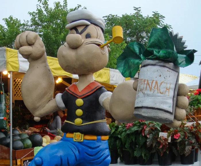 Popeye statue