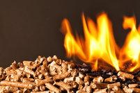 wood pellets burning