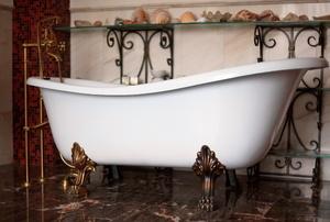 A clawfoot tub.