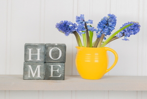 home spring decor